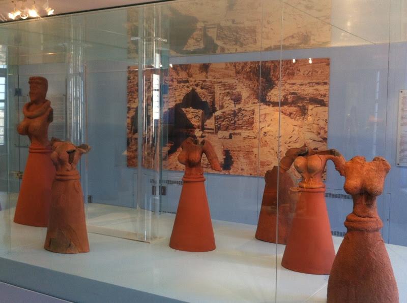 urban travel tales,Kea/Tzia,Miriam E.Caskey, the Statues (Keos)
