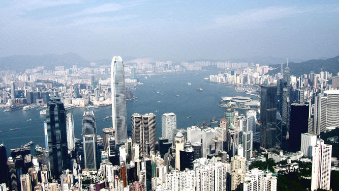 Hong Kong Invaded by Women