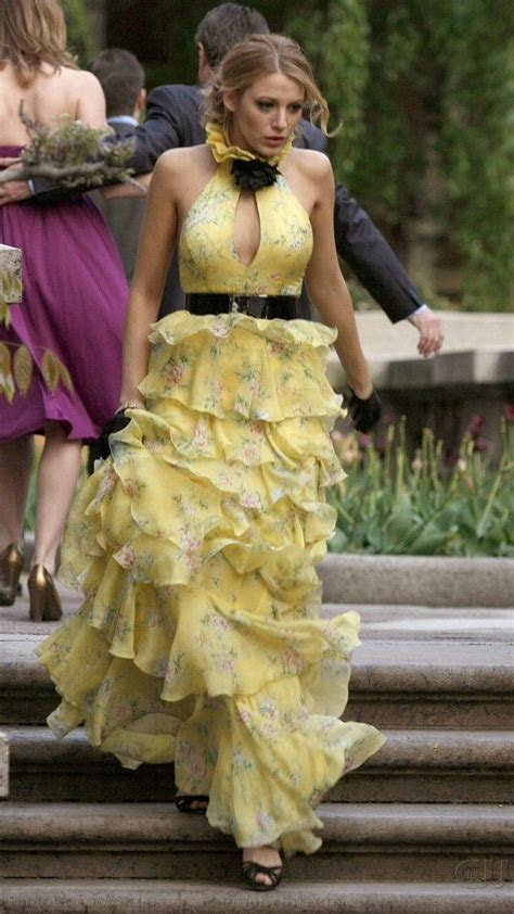 Serena van der Woodsen wearing Ralph Lauren at her mother