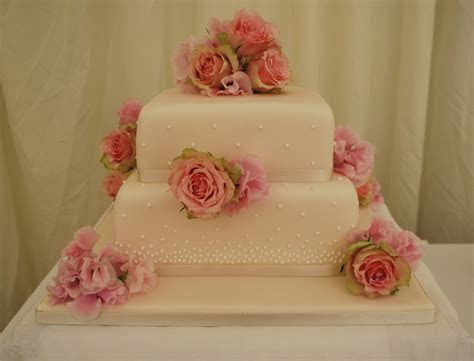 Rose & Sweet Pea Wedding Cake   Little Bear Cakery