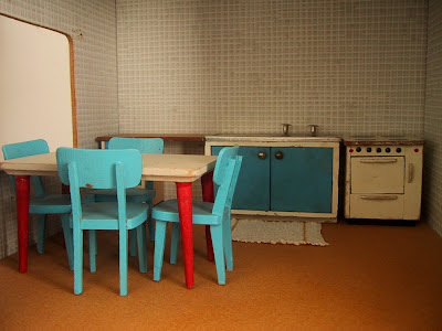 Vintage 1957 Lundby dolls' house kitchen.
