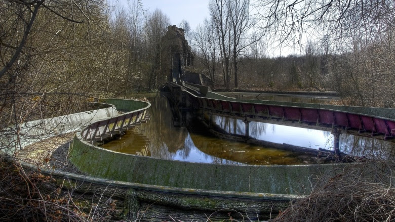Untold Truth of the Creepiest Abandoned Theme Parks