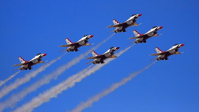 IMG_3458 Thunderbirds, Travis AFB Air Show
