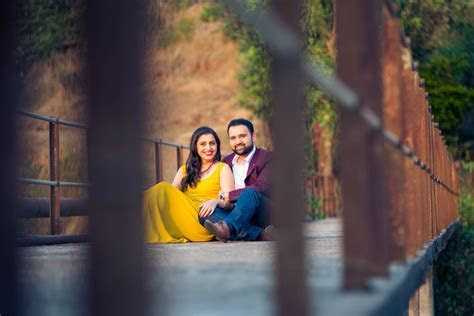 Pre wedding photographers and Pre wedding photo shoot India