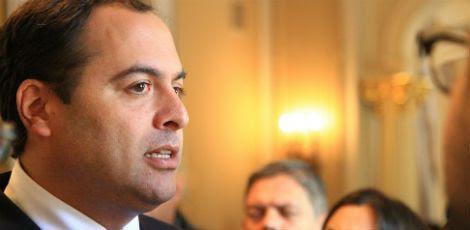 Governador Paulo Câmara afirmou que recebeu pesquisa com