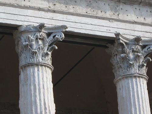 93-Corinthian Columns