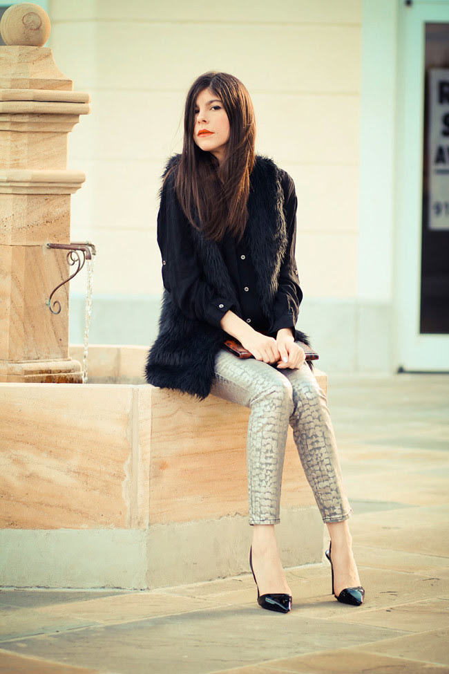 Armani Exchange Metallic Print Legging Jeans, Stella McCartney heels, Faux Fur vest, Olivia Palermo, Fashion Outfit