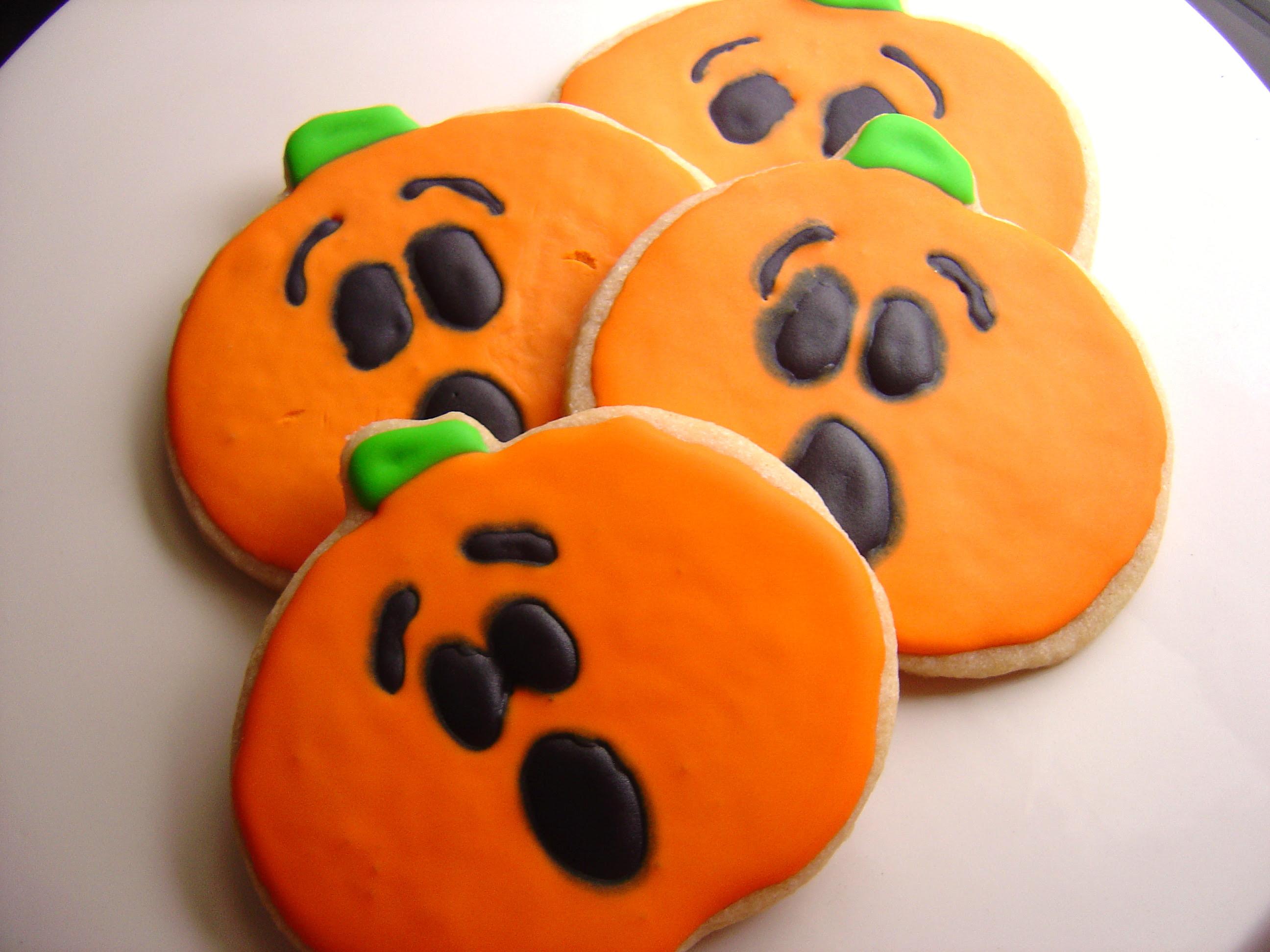Cinnamon Sugar Halloween Cookies - Smells Like Home