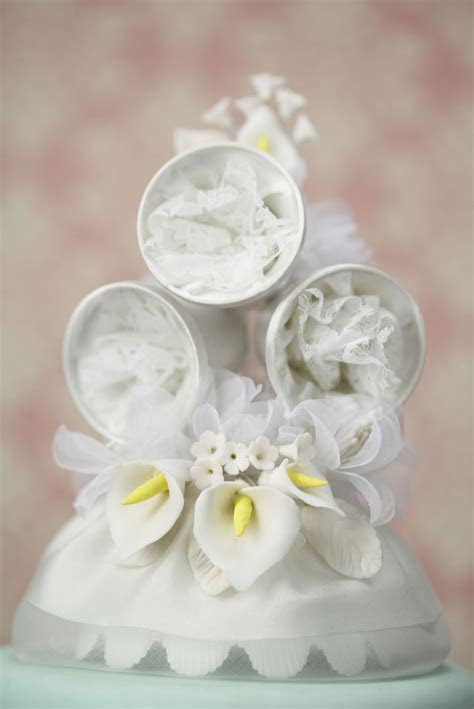 Vintage Classic Calla Lily Wedding Bell Cake Topper