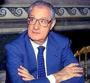 """Romiti contro Berlusconi """"Su scuola e giovani sbaglia"""""""