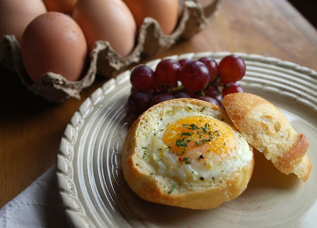 Eggs in a roll