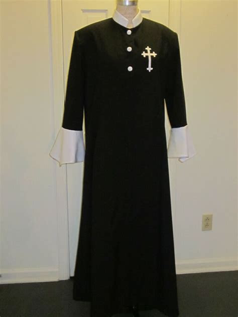 pastor minister pulpit black clergy robe  sizes