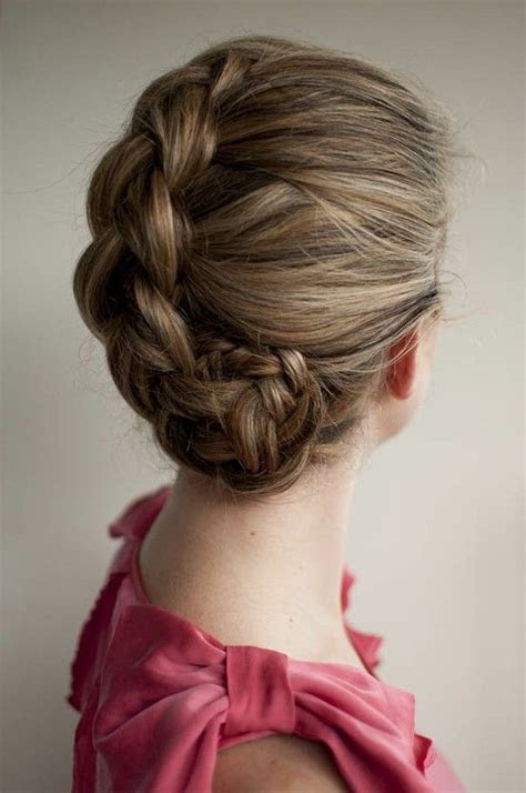 Easy, Breezy Beautiful Bridal Updos   OneWed