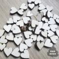 http://scrapkowo.pl/shop,male-serdeuszka-z-drewna-20szt-,939.html