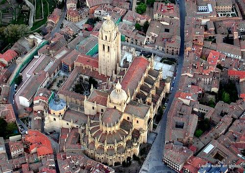 Sobre Segovia en globo