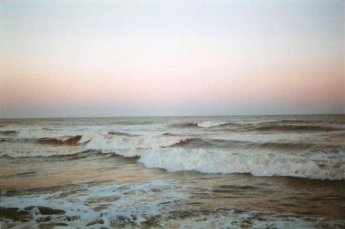 http://bisebise.tumblr.com/post/113503272390/revergran-d-0rient-express-6pm-sea