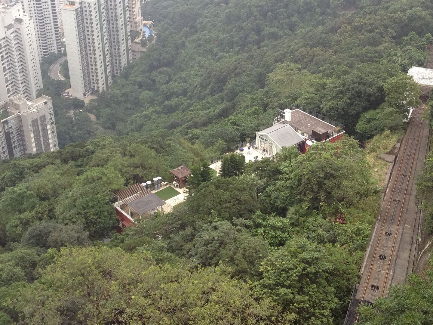 Posh House in the Hills of Hong Kong photo 2013-09-28171818_zpsaaa29bb8.jpg
