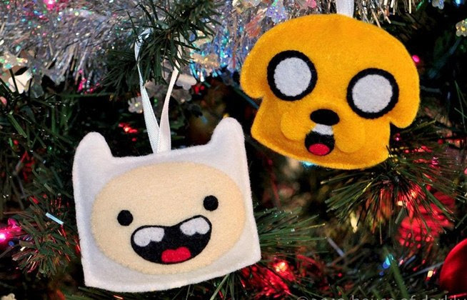 Geek Up Your Holidays with These 10 Nerdy DIY Christmas Tree ...