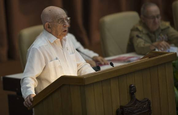José Ramón Machado Ventura interviene en el VII Congreso del Partido. Foto: Ismael Francisco/ Cubadebate