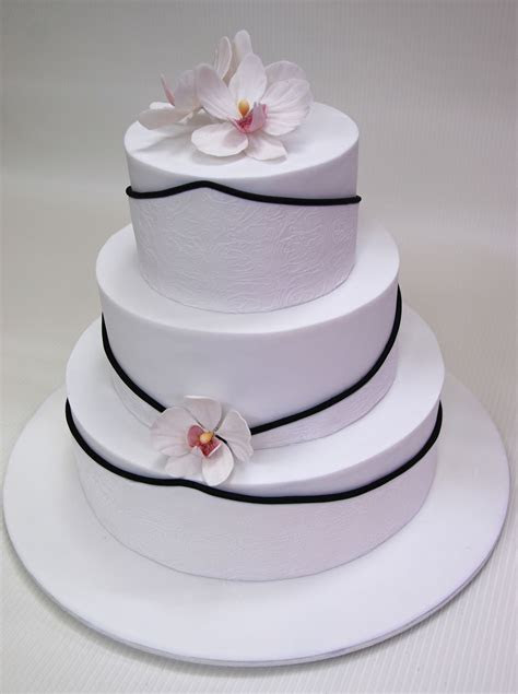 robin  tier wedding cake  orchids