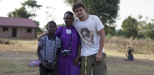 Bruno Feder, 31, natural de São Paulo, reverte o dinheiro de suas fotografias para melhorar a vida de comunidades em Uganda e no Sudão do Sul