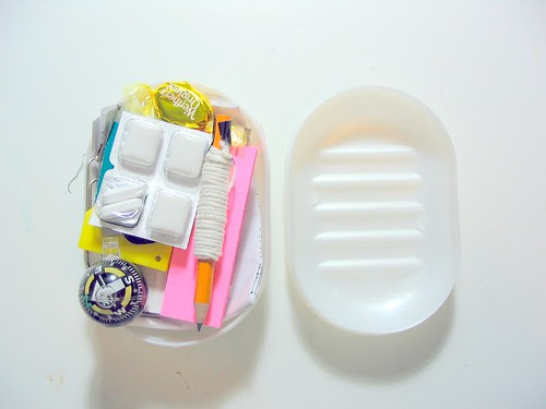 Survival Kit In A Soap Dish - Open