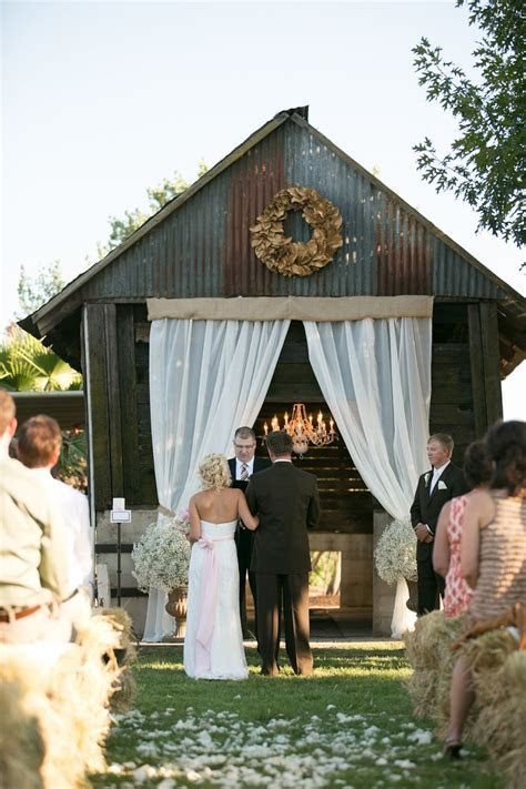 25  best Barn Wedding Favors ideas on Pinterest   Wedding