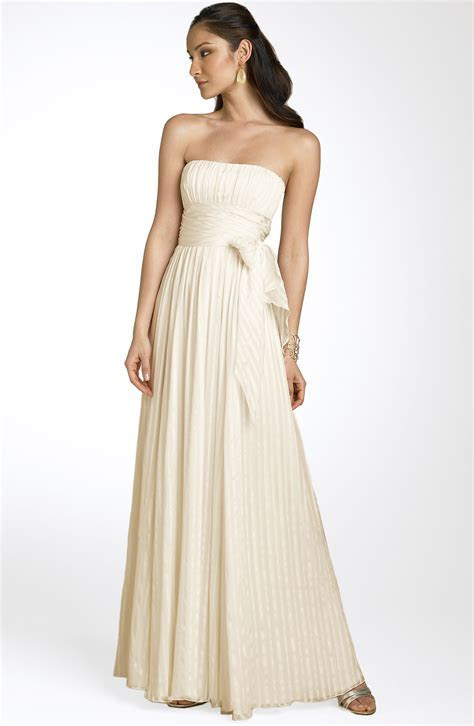 BCBG Max Azria Strapless Silk Gown Size 3 Wedding Dress
