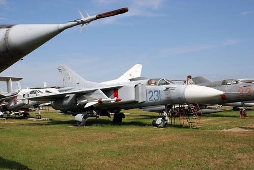 Mikoyan-Gurevich MiG-23MF 231 blue