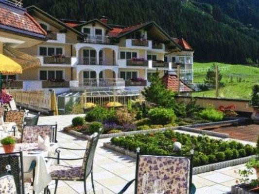 Traumhotel Alpina Superior - Yoga & Ayurveda Reviews