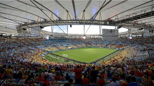 O  recorde de público do novo Maracanã foi 74.738 torcedores na final da Copa do Mundo - Argentina x Alemanha -  não contabilizado porque a arena estava cedida à Fifa