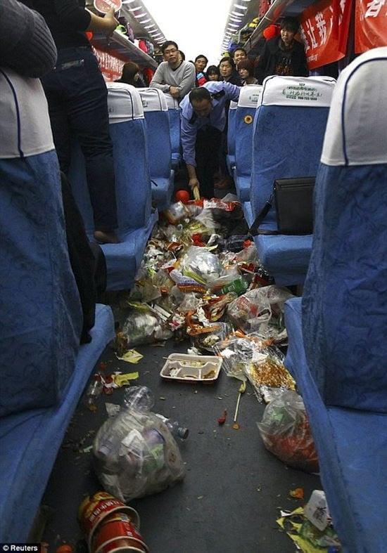 Littering In China Public Transportation