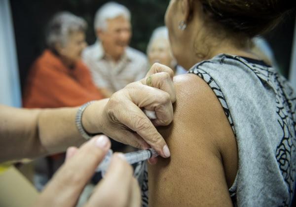 Bahia vacinou 78,6% do público-alvo contra a gripe