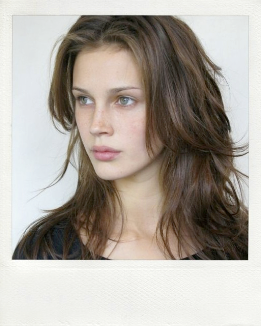 LE FASHION MODEL CRUSH MARINE VACTH POLAROID MODELING PHOTOS PICS MARILYN NY HAIR DOWN NATURAL BEAUTY FRECKLES LONG HAIR WAVY MESSY CLASSIC FRENCH STYLE PARISIAN EFFORTLESS NO FUSS 11 photo LEFASHIONMODELCRUSHMARINEVACTHPOLAROIDMARILYNNYHAIRDOWN11.png