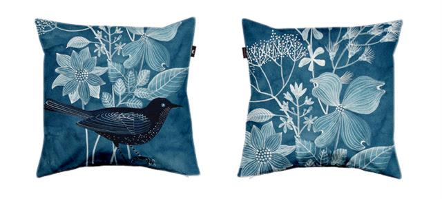 Envelop pillow design
