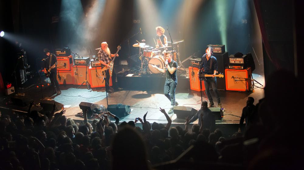 L'authentique photo du groupe américainEagles of Death Metal avant l'attaque au Bataclan à Paris, le 13 novembre 2015.