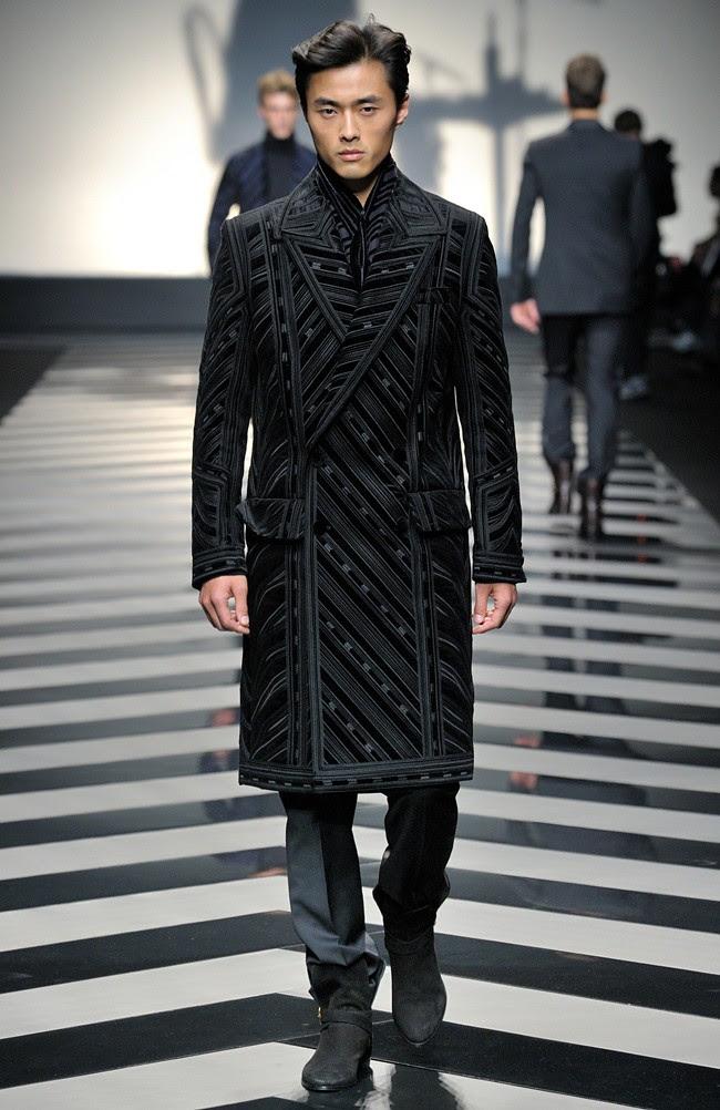 4 Roberto Cavalli Menswear AW1213_40
