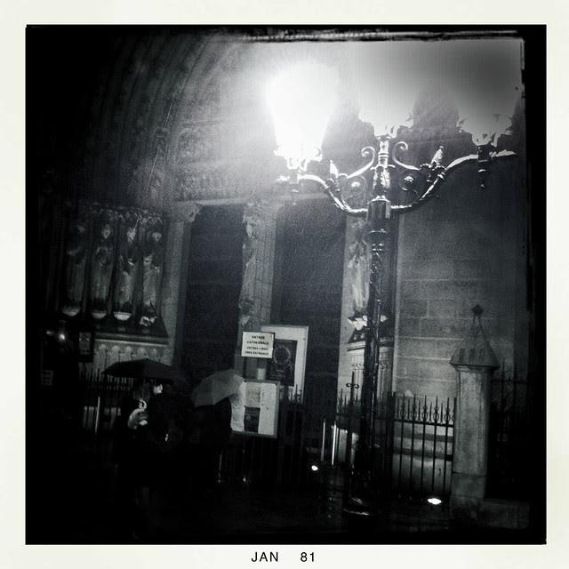 Paris streetlight -1