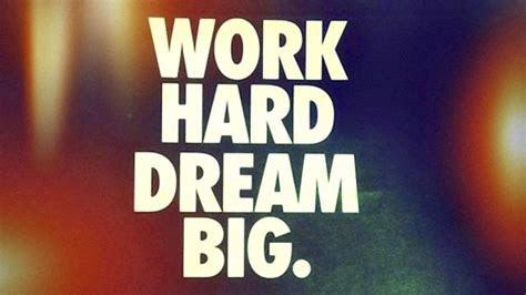 jangan pantang menyerah  hal  bisa menjadi motivasi
