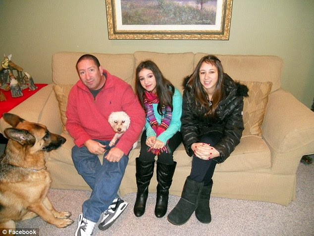 Dead: Glen Hochman, 52, a police officer of 22 years who only retired in January, is believed to have murdered his two daughtersDeanna Hochman, 13 (center) and Alissa Hochman, 17, on Saturday afternoon