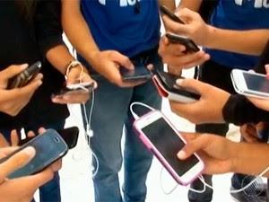 celular_escola