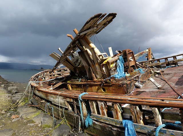 27066 - Ruined boats at Salen, Isle of Mull