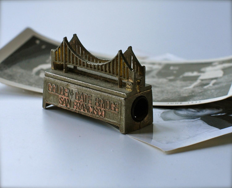 Vintage Souvenir Golden Gate Bridge Pencil Sharpener.