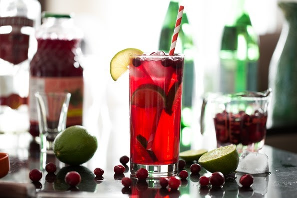 Sparkling Cranberry Lime Cocktail