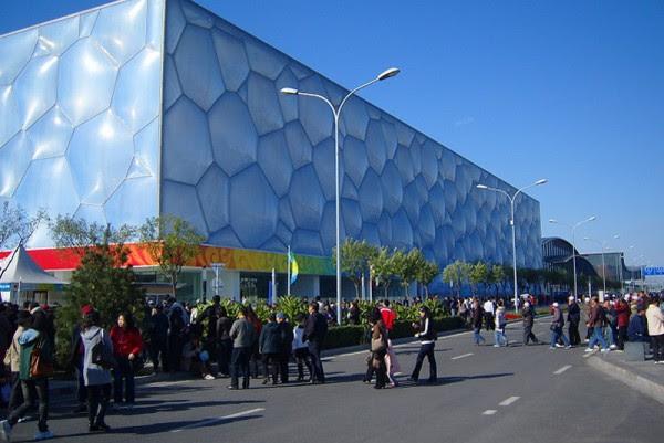 water cube6 800 600x401 14 Futuristic Building Designs in China