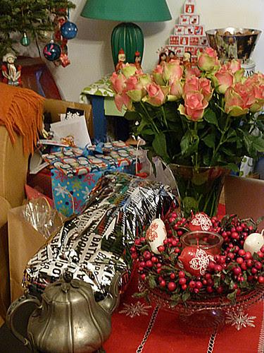 roses et cadeaux.jpg