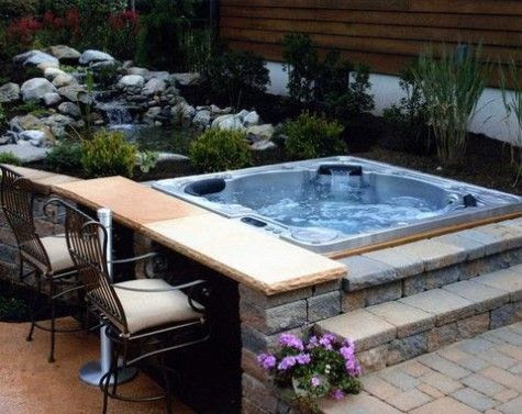 20 Outdoor Jacuzzi Ideas for a Relaxing Weekend ...