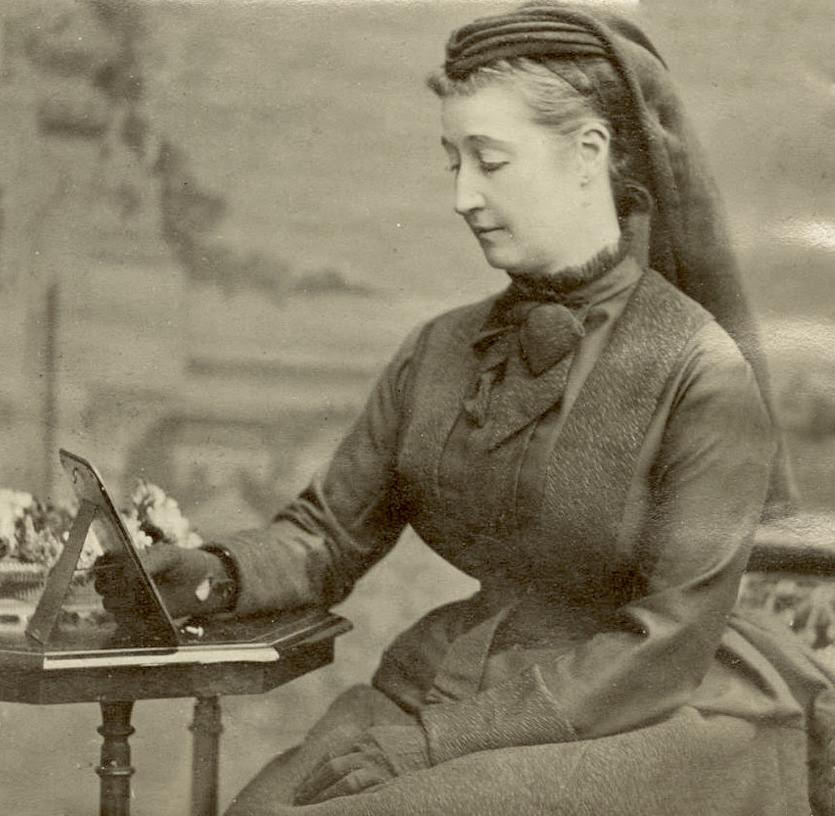 File:L'impératrice Eugénie en deuil 1873.jpg