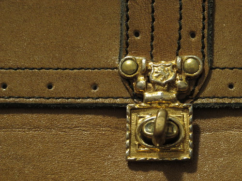 Clasp Detail
