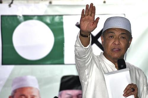 Zahid kembali  Umno tertimbus?